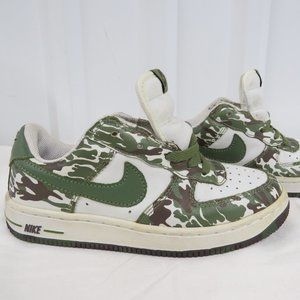 Nike Air Camo Tennis Shoes Youth Size US 2Y